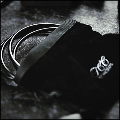 anneaux chinois noirs